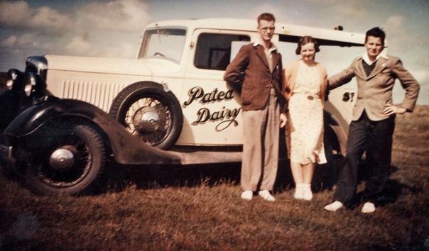 00-231 Patea Milk Van, Alistair + Alma Cowie, Les Kennedy c1939