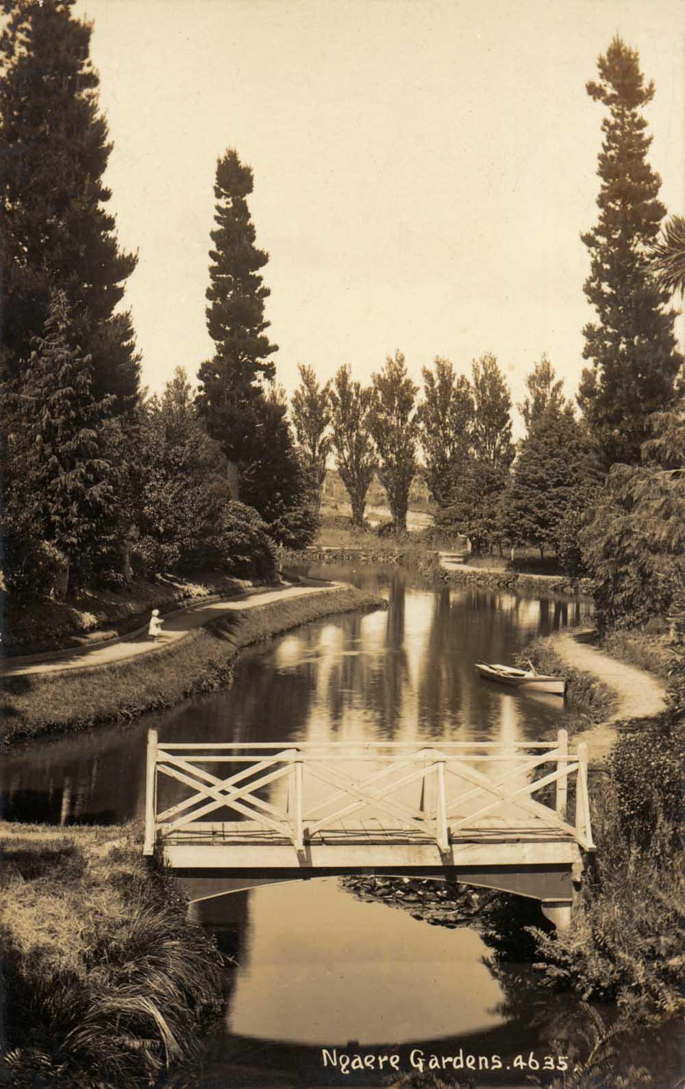 2008.04 Ngaere Gardens Postcard