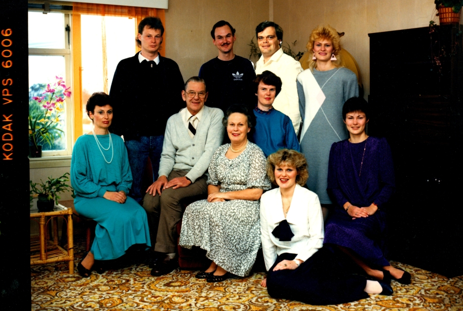reeve-kilmister-group-1988-11626.jpg